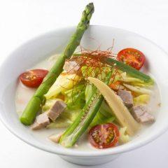 濃熟鶏白湯 ベジタブルラーメン