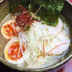 薩摩地鶏の鶏ガラ塩ラーメン